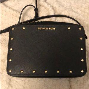 FLASH SALE 💜 MICHAEL KORS BLACK CROSSBODY BAG